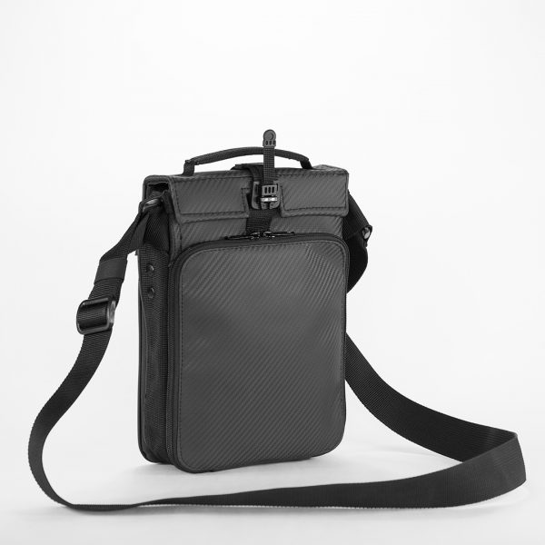 Casual Bag Deluxe S Black Carbone. Стильная мужская сумка через плечо.